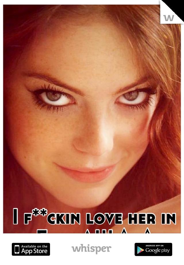 I f**ckin love her in Easy A!!! ^_^