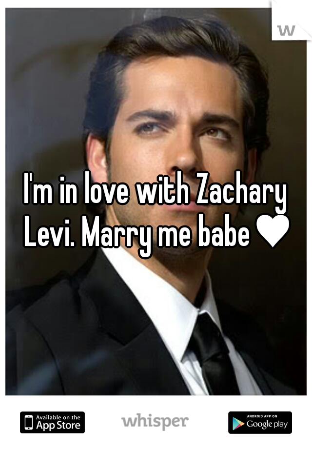 I'm in love with Zachary Levi. Marry me babe♥