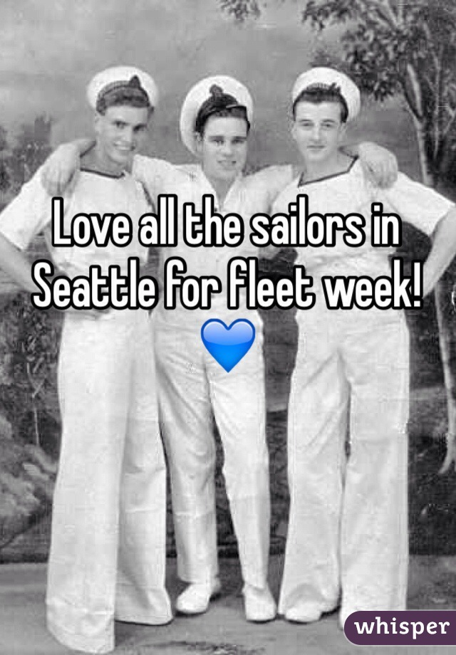 Love all the sailors in Seattle for fleet week! 💙
