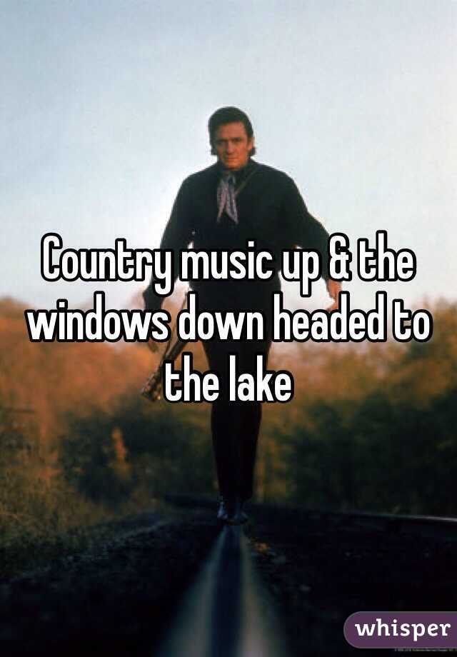 Country music up & the windows down headed to the lake