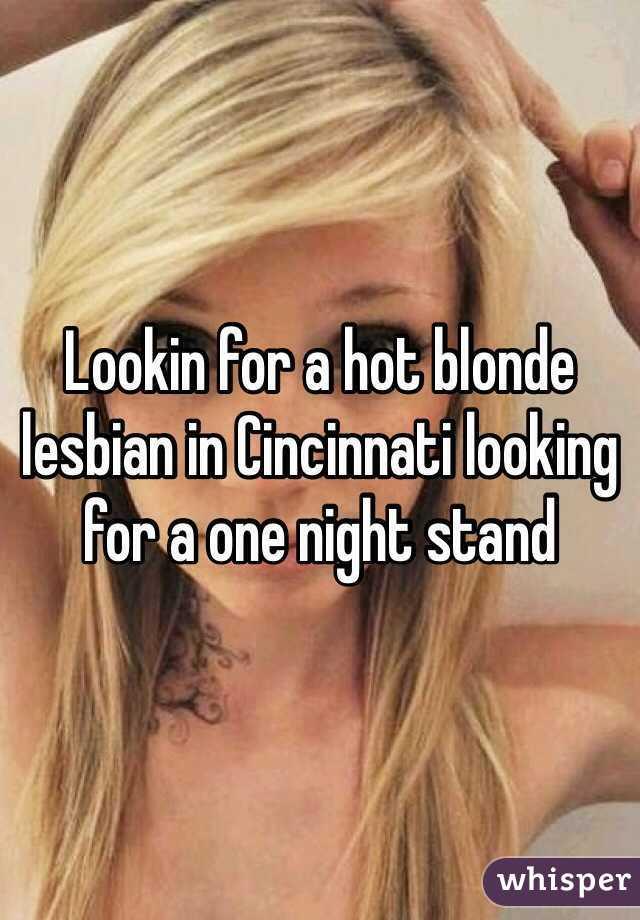 cute blonde lesbians