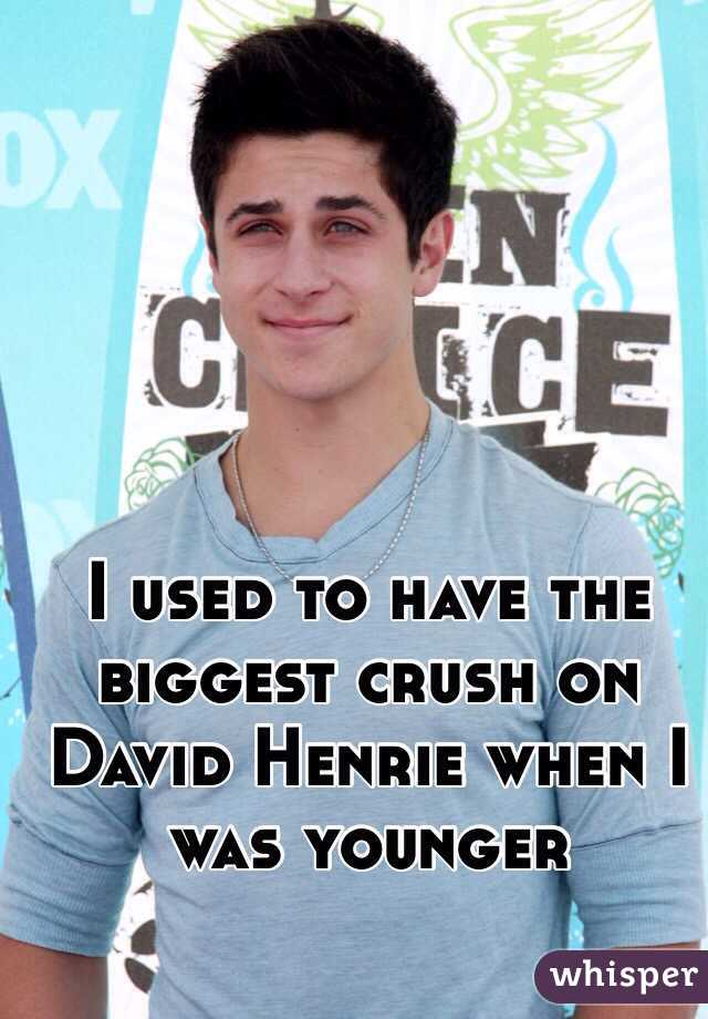 I used to have the biggest crush on David Henrie when I was younger