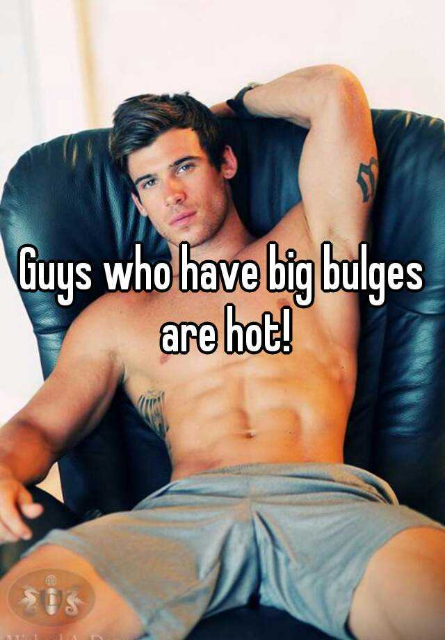 Hot guy with big bulge