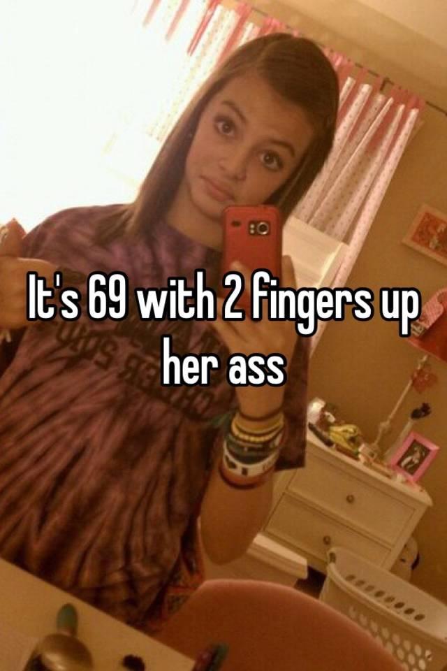 Finger her asshole