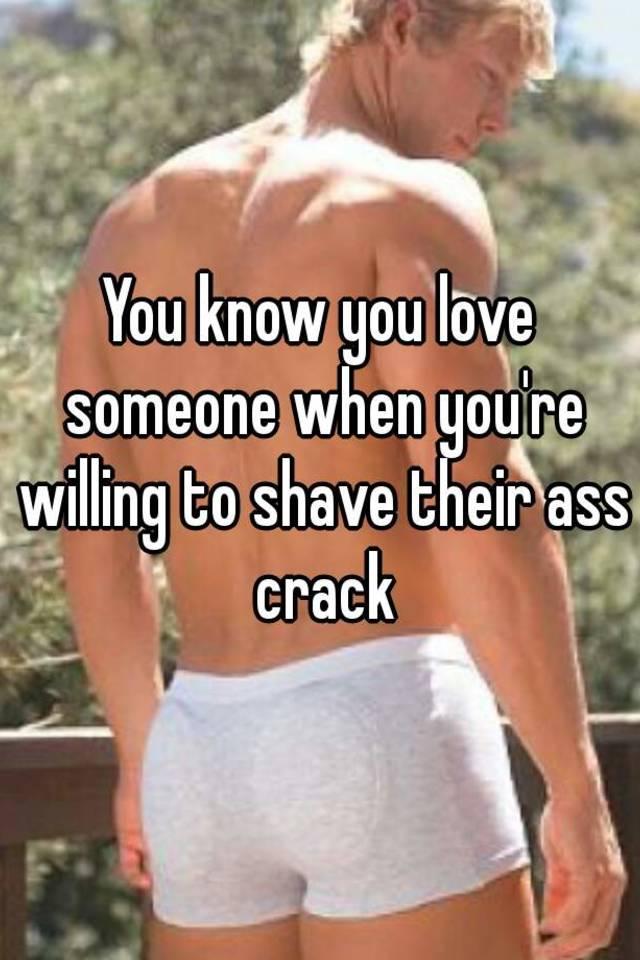 Mens shaved crack