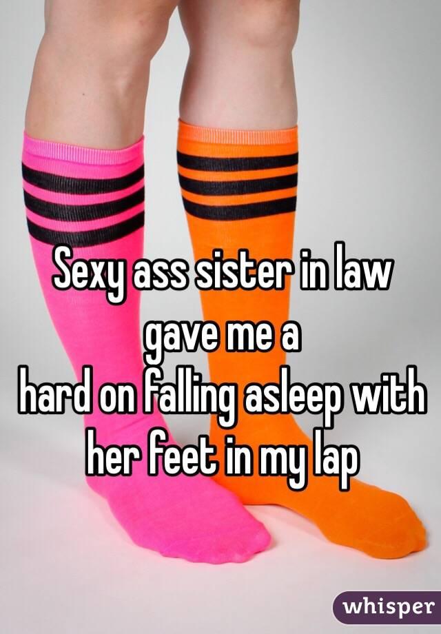 Sexy ass feet