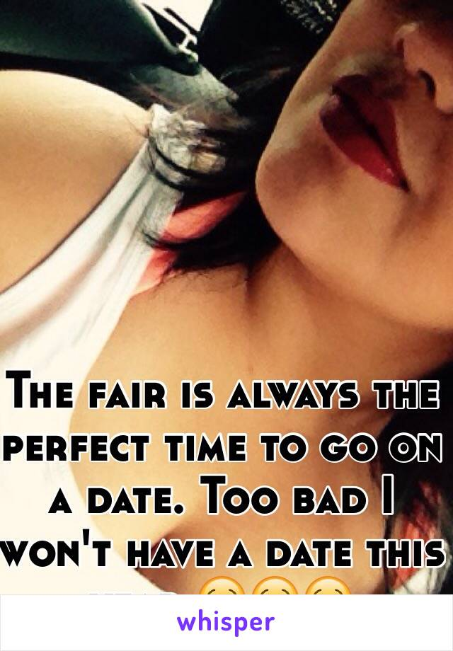 The fair is always the perfect time to go on a date. Too bad I won't have a date this year 😢😢😢