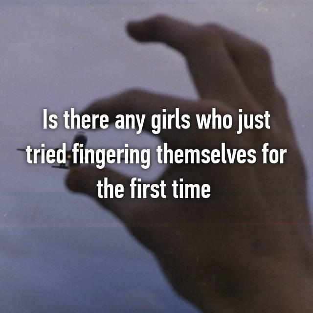 Girls fingering themselfs