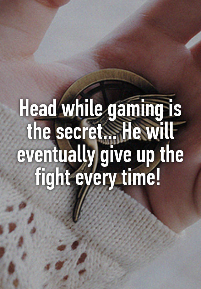 Getting Blowjob While Gaming