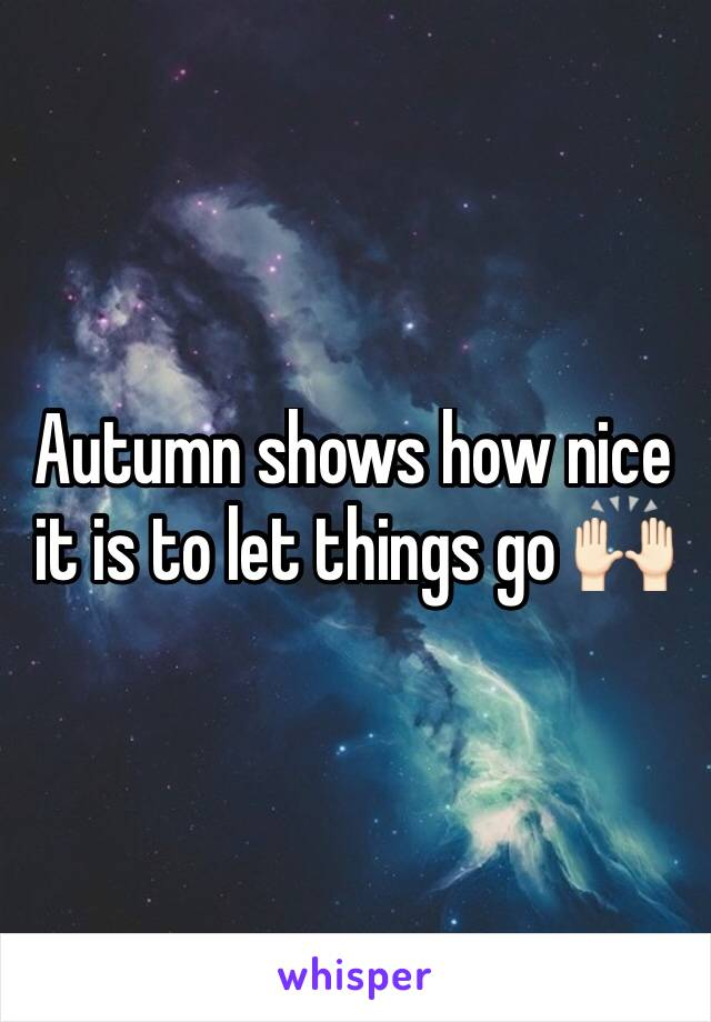 Autumn shows how nice it is to let things go 🙌🏻