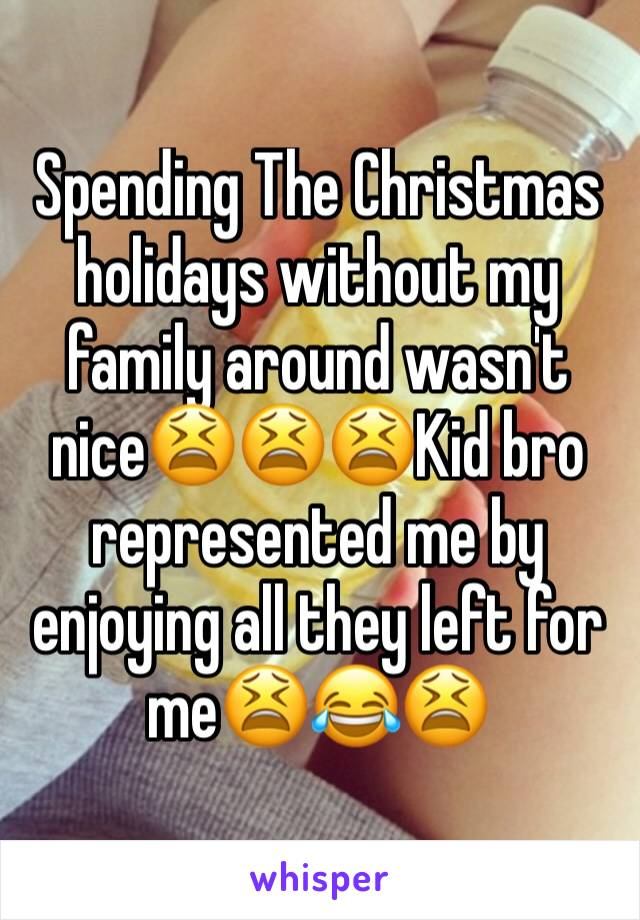 Spending The Christmas holidays without my family around wasn't nice😫😫😫Kid bro represented me by enjoying all they left for me😫😂😫