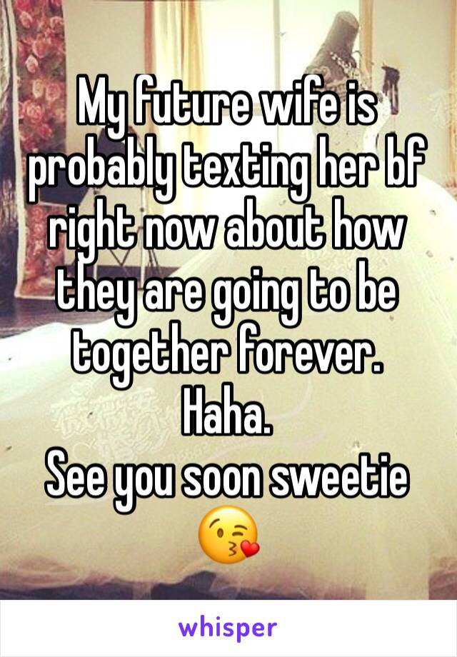 how can i find out who my wife is texting