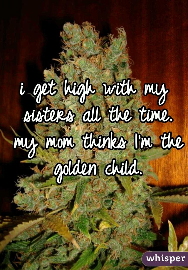 04f53d11e4b26c853356862f7dd2e4cba86d9b wm Keeping It In The Family: Siblings Who Bond Over Weed