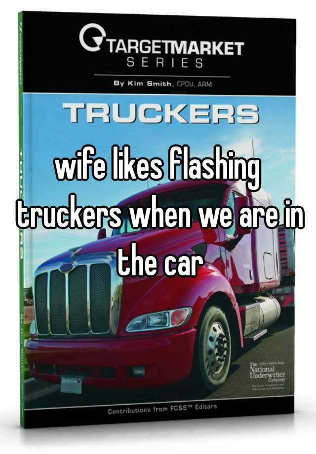 Wife flashing truckers video